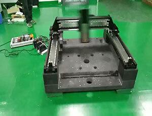 直线电机在液晶基板薄膜纹路检验、修复装置用