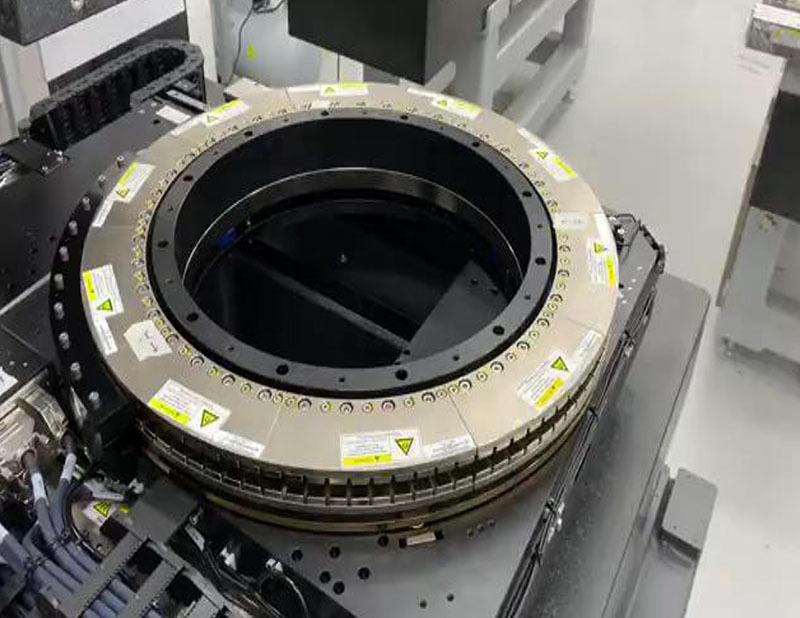 雅科贝思弧形直线电机